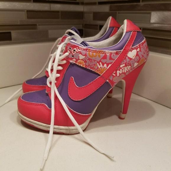 Nike SB Dunk Womens Heels Pumps Red Purple Heart. M 5a9c4f42331627318b7179c0 7fcdd3ec4